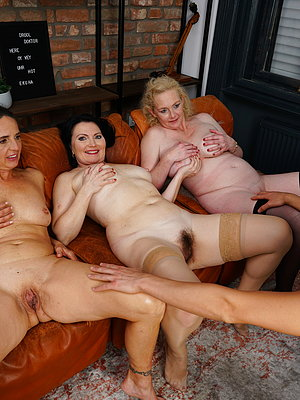 Pictures hairy mom 6 Great